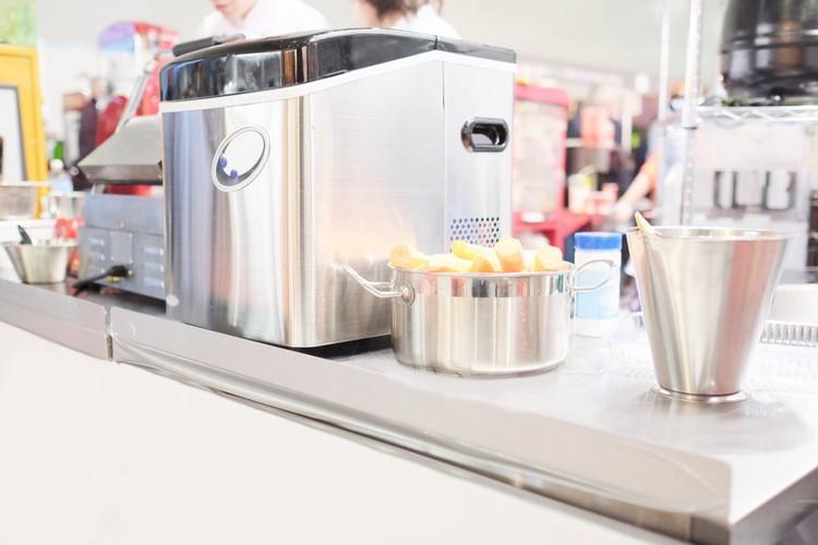 Comment bien choisir une machine à glace pilée ?