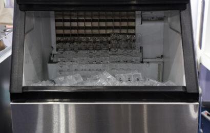 Principe de fonctionnement d'une machine à glaçons professionnelle